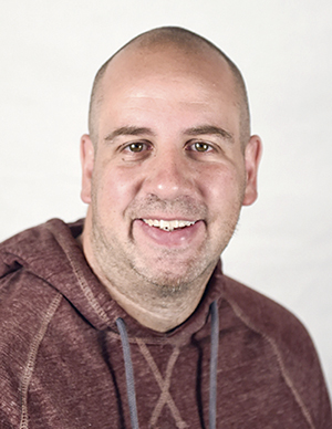 Rocky Hulne : Sports Editor